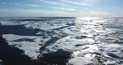 التغيرات المناخية تتسبب في ذوبان الجليد وتسرب غاز الميثان