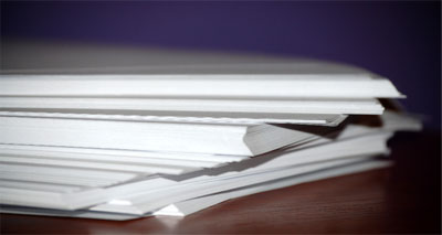 إعادة تدوير الورق بتقنية الليزر المزيل لأحبار الكتابة
