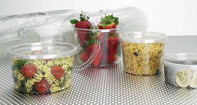 التأثيرات السامة والخطيرة لأواني المائدة البلاستيكية