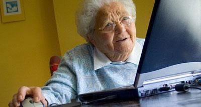 مواقع التواصل تبعد الاكتئاب عن المسنين