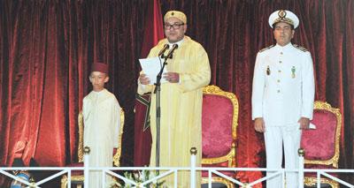 جلالة الملك يترأس بالرباط حفل أداء القسم للضباط المتخرجين