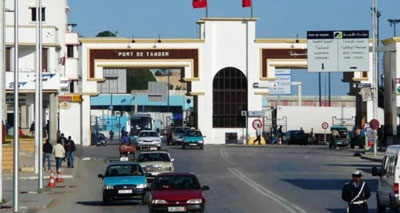 توقيف عناصر من الأمن وفتح تحقيق معهم بأمر من جلالة الملك حول إساءة معاملتهم لمغاربة بالخارج