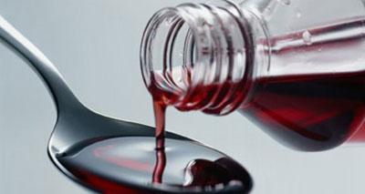 تقرير طبي : أدوية السعال والبرد مضرة بصحة الأطفال