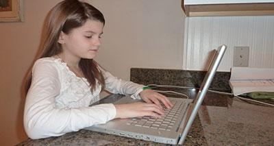 الانترنت.. تسلية قد تنقلب لإدمان