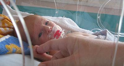 تكاثف الجهود الدولية من أجل تفادي الملايين من وفيات الأطفال