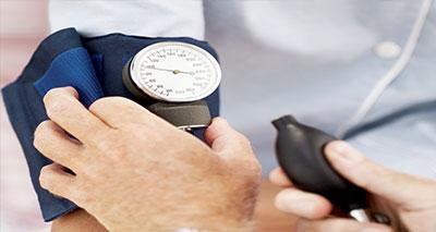 دراسة: ارتفاع ضغط دم الحامل يقلل من المهارات الذهنية للمولود