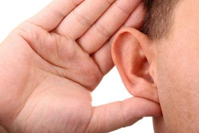 ضعف السمع قد يوهن قدرات الذهن