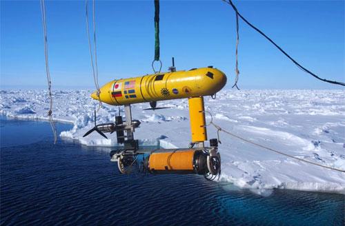 روبوت تحت الماء لقياس سمك الجليد بالمنطقة القطبية الجنوبية