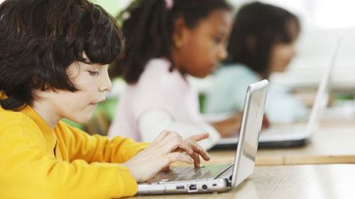 العصر الرقمي يهدد الصحة النفسية للأطفال