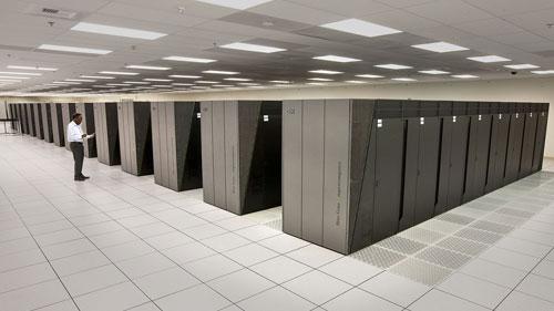 أميركا تعتزم تطوير حاسوبيْـن خارقين