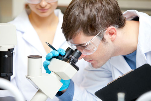 """""""أكسبلورير"""".. جهاز جديد للكشف عن الأورام السرطانية عن بُعد"""