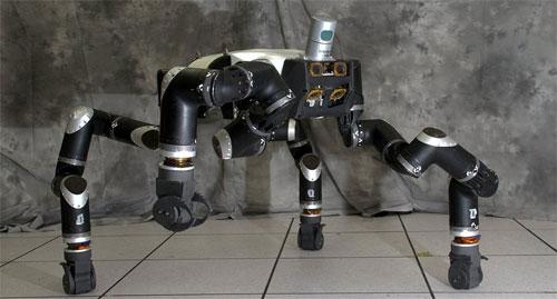 ناسا تبتكر «روبوت» للإنقاذ من الكوارث