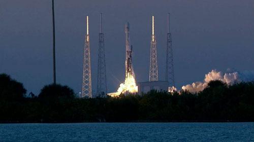 """إطلاق صاروخ """"فالكون"""" الاستكشافي لرصد الأحوال الجوية"""