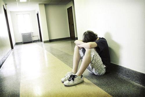 العقاب يدفع المراهقين إلى زيادة تعاطي المخدرات