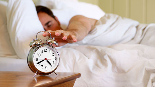 النوم أكثر من 8 ساعات قد يسبب سكتة دماغية