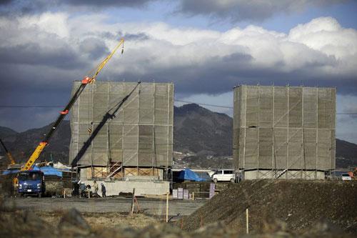 جدار اليابان العظيم لمواجهة تسونامي