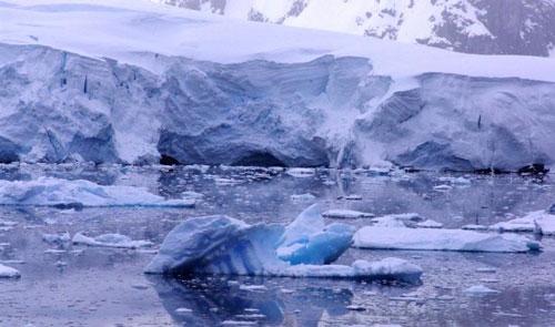 الميكروبات تزيد ذوبان جليد القطب الشمالي