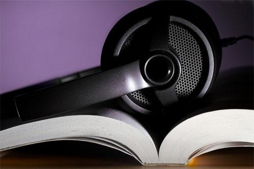 «الكتب الصوتية».. تشجيع عملي على القراءة