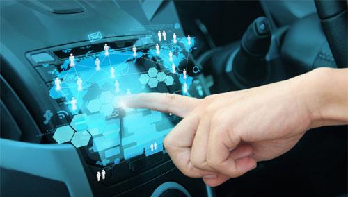 """""""جنرال موتورز"""" تجهز سياراتها بأنظمة اتصال بالانترنت"""