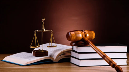 شركات ناشئة تسعى لإضفاء صبغة رقمية على عالم القانون
