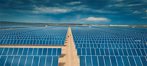 «الطاقة الشمسية » .. السباق الثاني نحو الفضاء