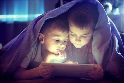 الأجهزة الإلكترونية تسبب مشكلات صحية... ما هي؟
