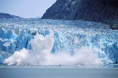 باحثون يحذرون من ذوبان جليد القطب الشمالي بمعدل غير مسبوق