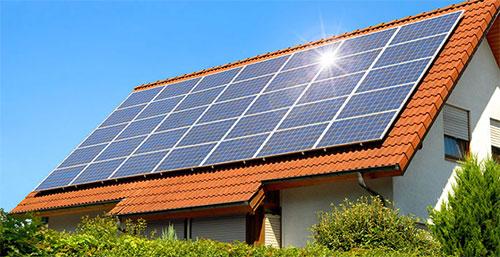 ما سر اهتمام كبرى شركات التكنولوجيا بإنتاج الطاقة الشمسية؟