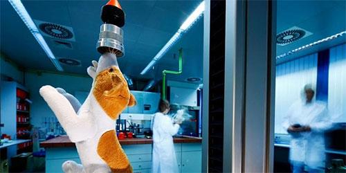 أنف اصطناعي يستطيع الكشف عن المخدرات والمتفجرات