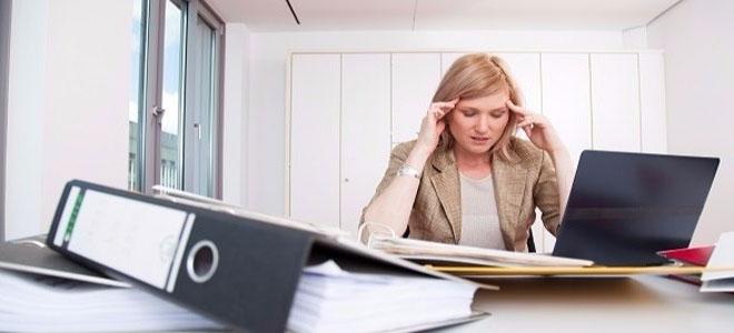 الاكتئاب يحد من الأداء في العمل