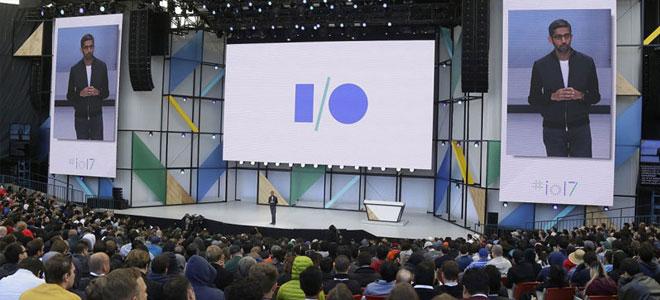 «غوغل» تنتقل من «البحث» إلى تقديم منتجات الذكاء الاصـطناعي