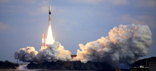 """""""أقمار يابانية"""" لاستعادة الحطام الفضائي"""
