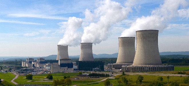 فرنسا تقرر إغلاق بعض مفاعلاتها النووية
