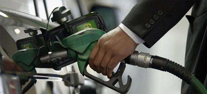 بريطانيا تحظر المركبات العاملة على الديزل والبنزين اعتباراً من سنة 2040