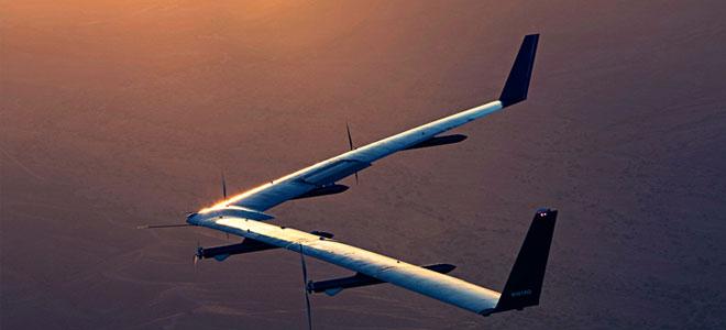 فيسبوك تختبر طائرات بلا طيار في توصيل الإنترنت لمناطق نائية