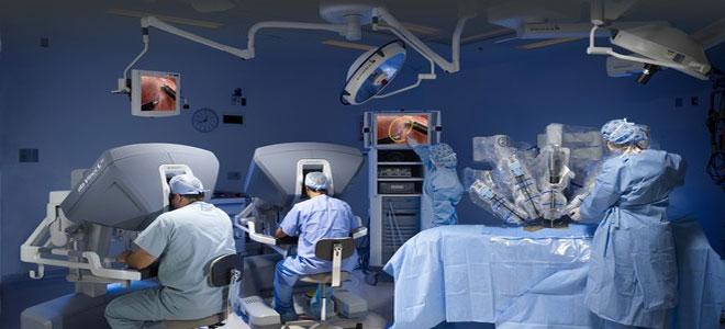 """""""روبوت جراح"""" ينجح بإجراء 150 عملية دقيقة!"""