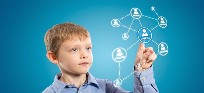 وسائل التواصل الاجتماعي تُعرض الأطفال للخطر العاطفي