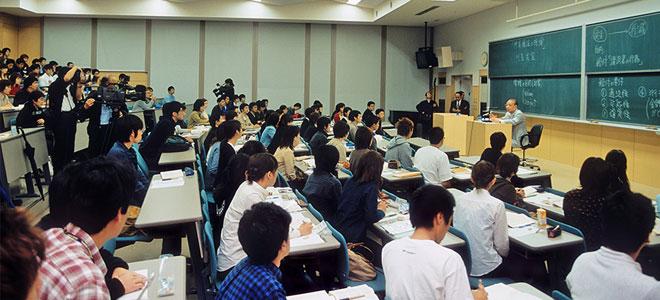 جامعات اليابان تتفوق أكاديمياً وتأمل استقطاب 300 ألف طالب أجنبي بحلول 2020