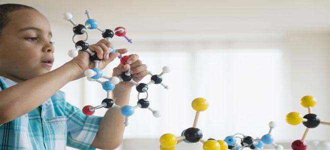5 طرق مثبتة علميا لتربية أطفال أكثر ذكاء وبديهة!