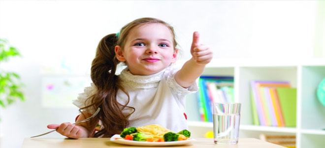 الغذاء الصحي.. مفتاح سحري لسعادة الأطفال