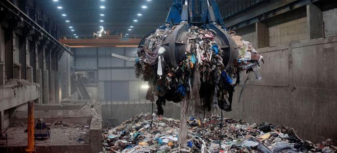 النفايات البلاستيكية أحد أكبر التحديات التي تواجه البشرية