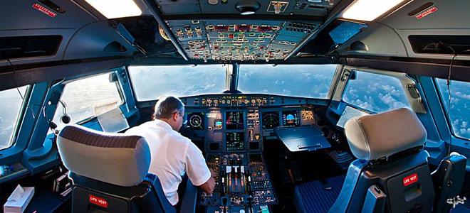 """""""بوينغ"""" تعمل على تطوير تكنولوجيا طائرة بطيار واحد"""