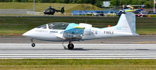 طائرة كهربائية تجتاز بحر المانش للمرة الأولى